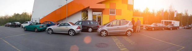 Flota Mercedesov na srečanju v Kamniku.