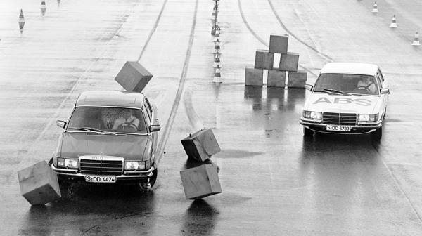 ABS je postavil mejnik v varnosti v cestnem prometu