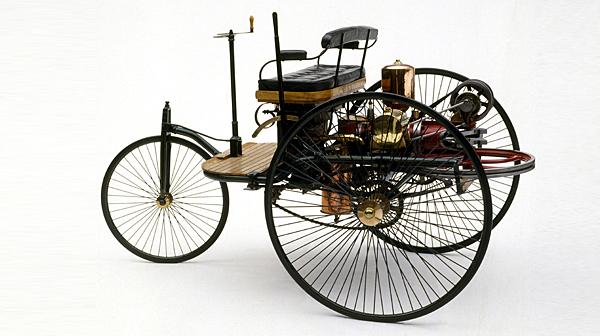 "Karl Benz s svojim ""Patent-wagnom"" velja za izumitelja avtomobila"