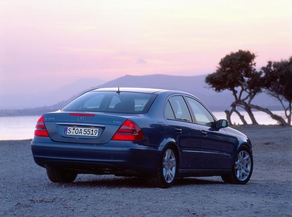 Rabljen nakup: Mercedes-Benz razred E (2002-2009)