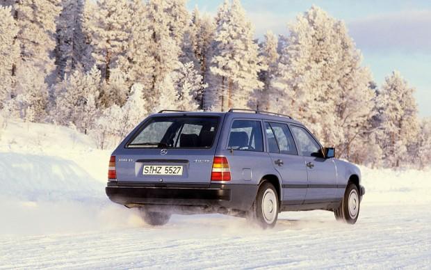 Mercedes-Benz-4Matic-651539