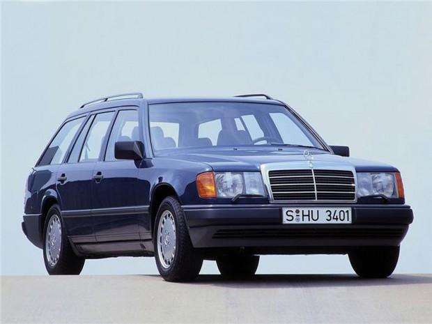 Karavanska različica pred faceliftom.