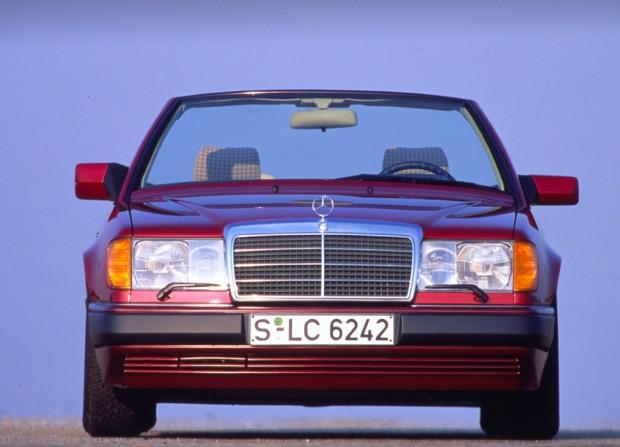 W124 v kabrio izvedbi.